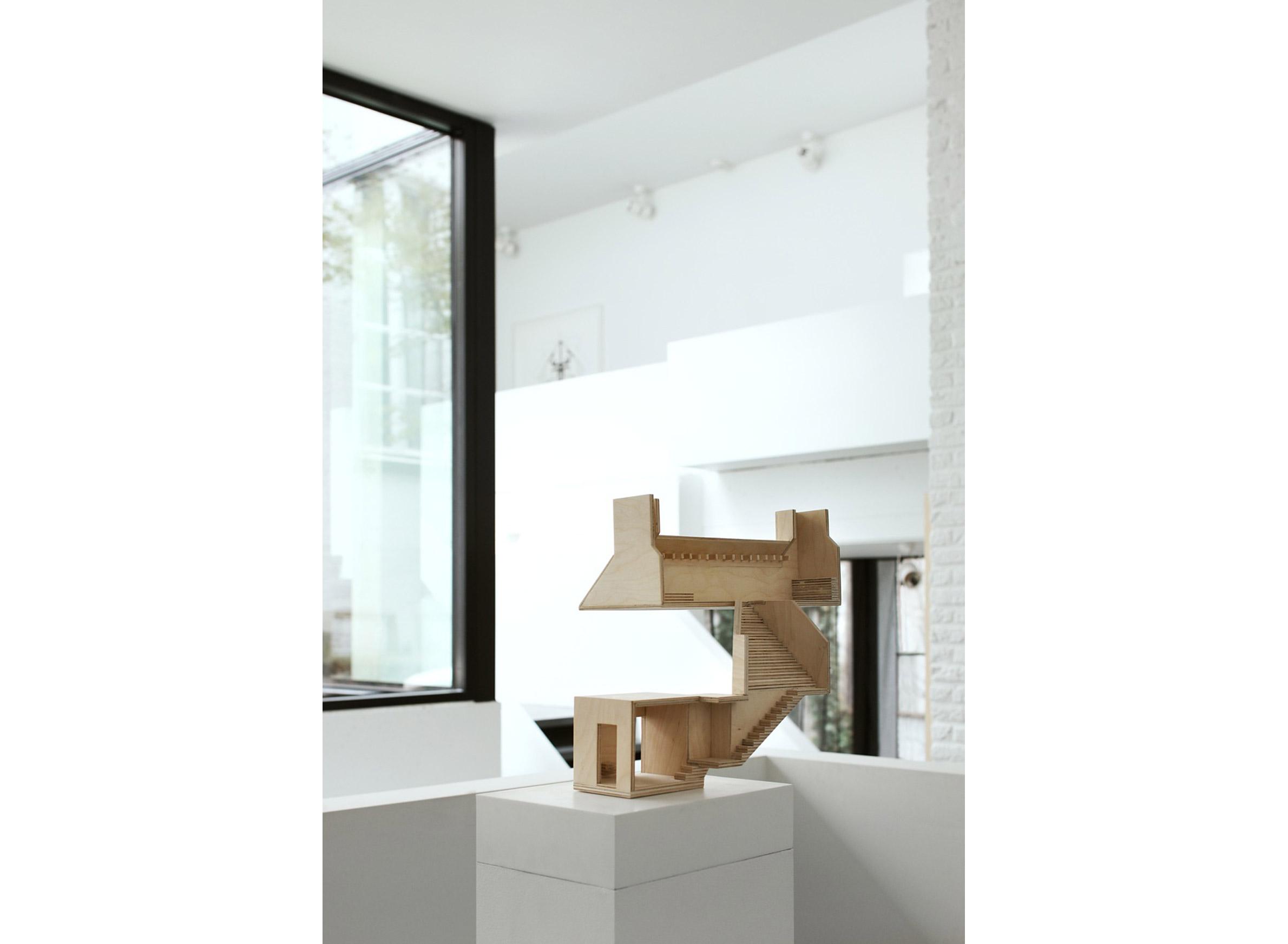 model - Valery Traan Gallery, Antwerp