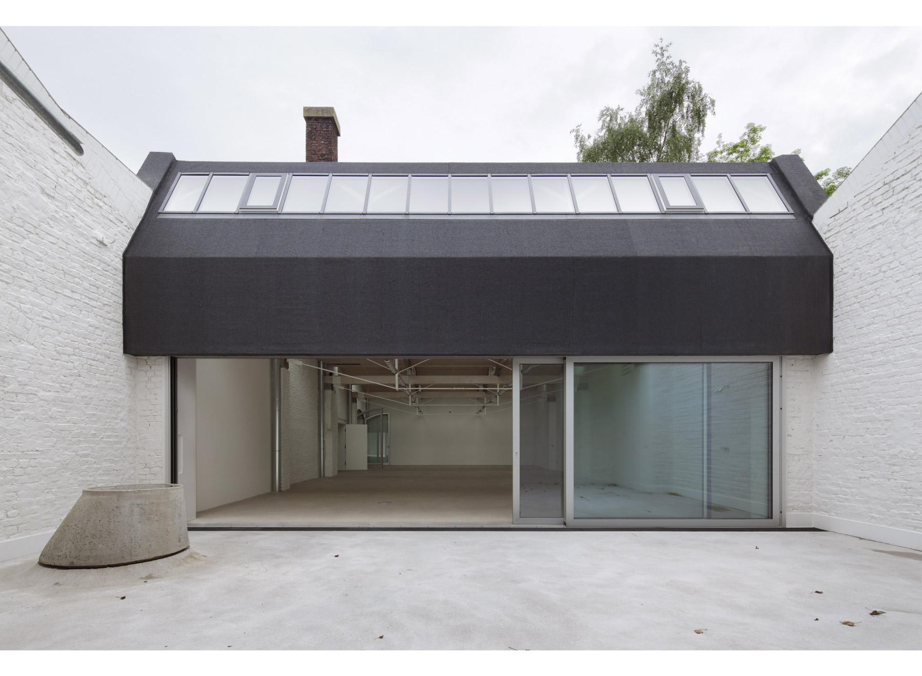 new patio, photo: Jan Rothstein